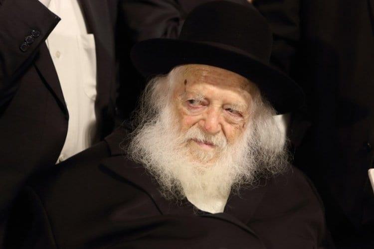 Photo of How Did Rabbi Kanievsky Know the Groom'sTzitzitWere Invalid?