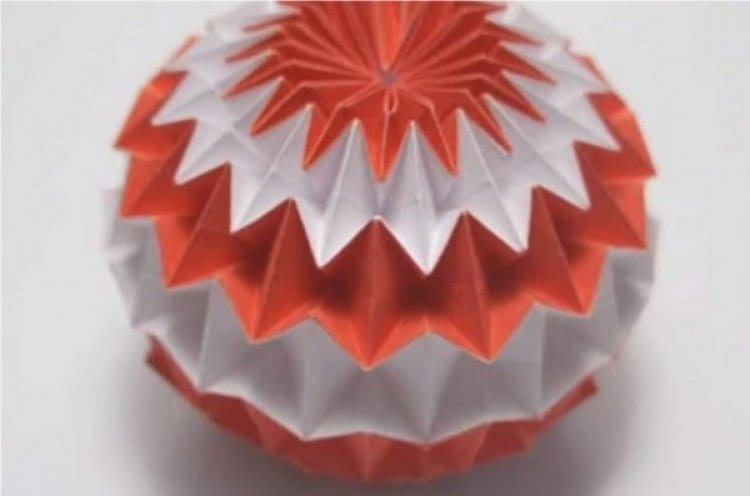 Photo of Watch: Short Video Clips on How to Make Paper Sukkah Decorations