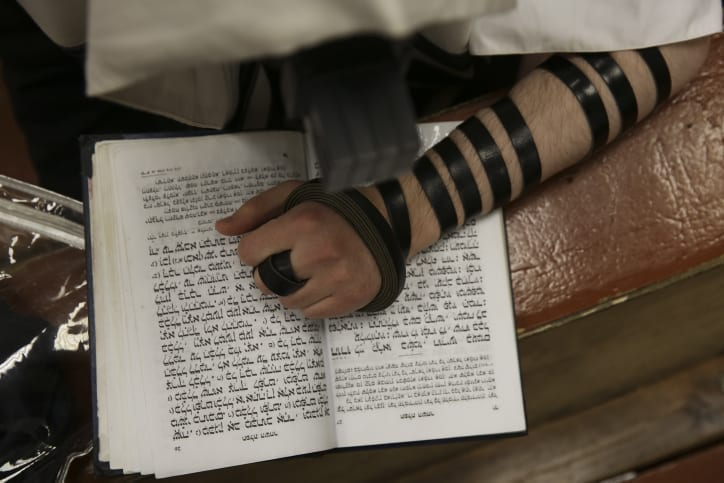 """Photo of Cancer Patient Dreams: """"Check Your Tefillin"""""""