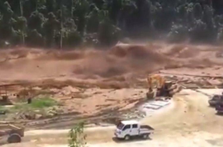 Photo of Watch: Incredible Flash Flood