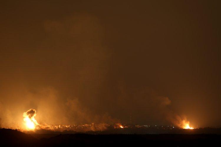 Photo of Israel Attacks Hamas Targets in Gaza