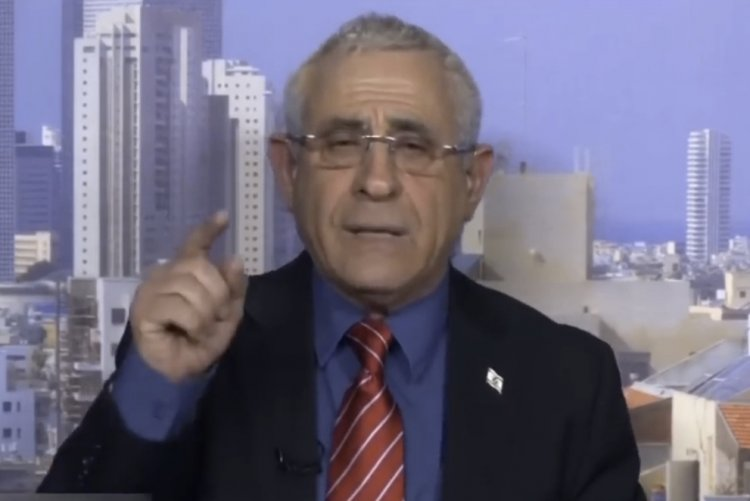"Photo of Dr. Kedar stuns Al-Jazeera: ""Jerusalem, Capital of the Jews for over 3000 years"""