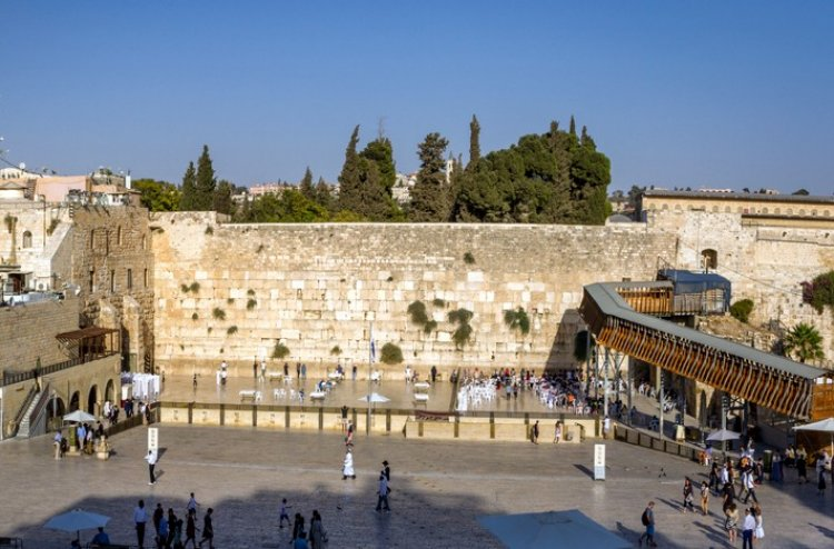 Photo of Salvation at the Western Wall