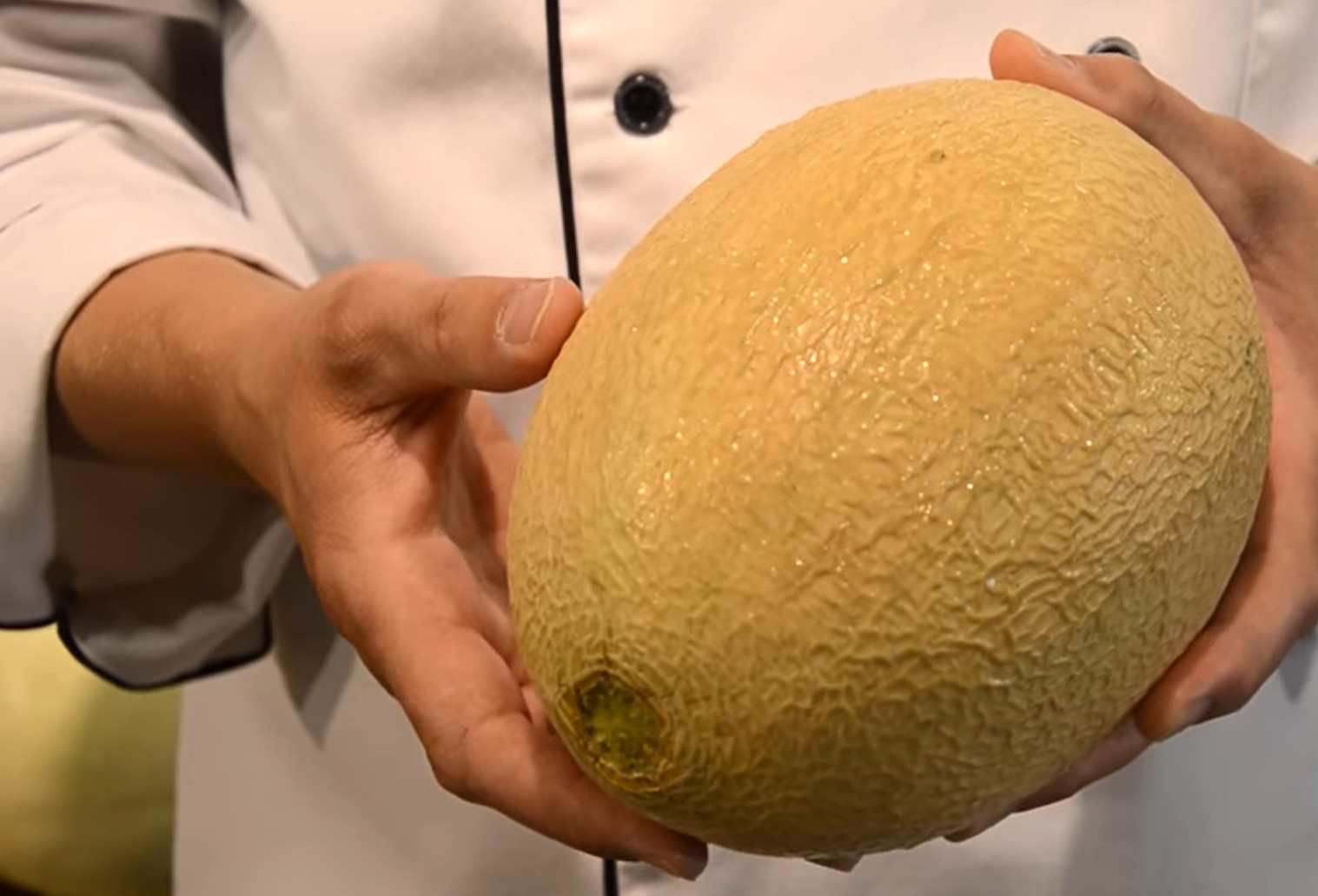 Photo of Watch: How to Pick a Ripe Cantaloupe or Melon