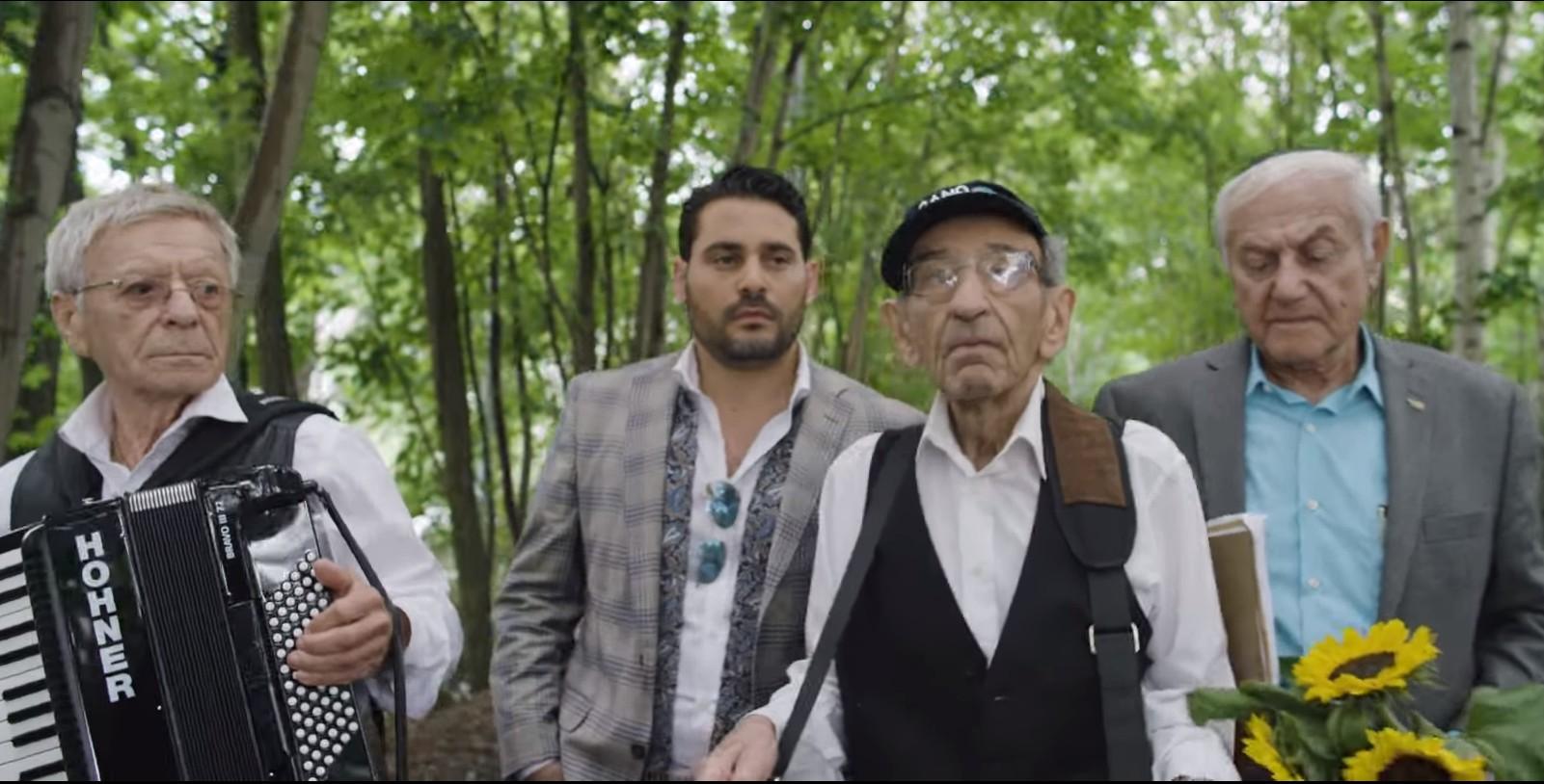 Photo of Gad Elbaz & The Holocaust Survivor Band – Let the Light Shine On