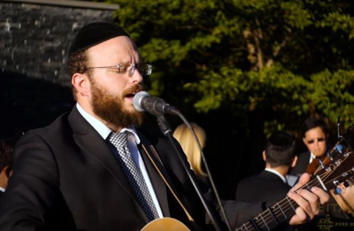Photo of Breslov Nigunim at a Wedding with Eitan Katz