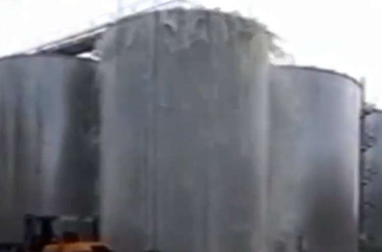 Photo of Watch: Italian Winery Loses 30,000 Litres of Prosecco after Tank Explodes