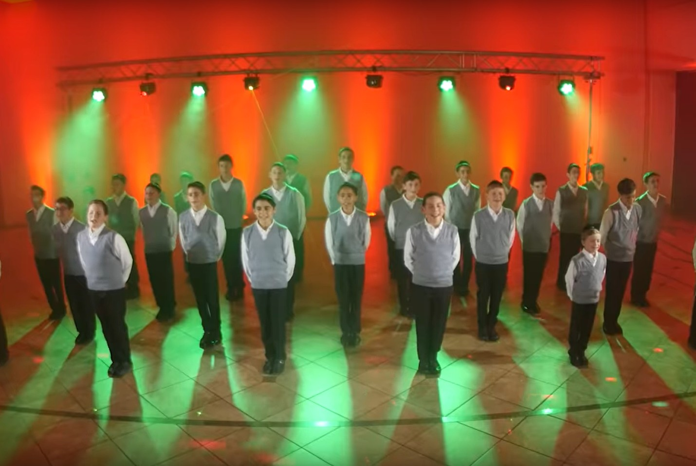 "Photo of The Yeshiva Boys Choir – ""Mi X6"""